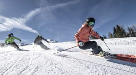 femmes-en-train-skier