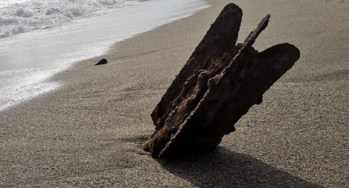 5-bombes-datant-de-la-seconde-guerre-mondiale-decouvertes-sur-une-plage