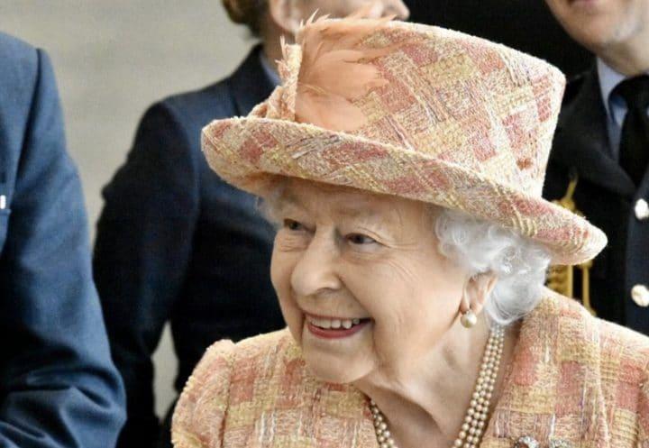 Elizabeth II fortune
