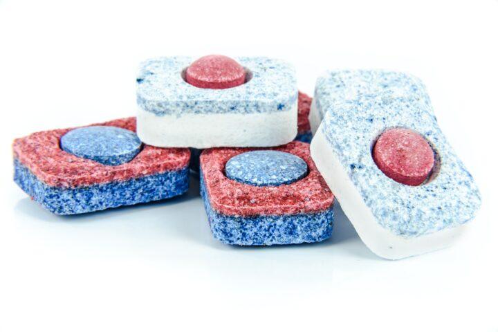 Lave vaisselle : ces tablettes qui peuvent tuer votre appareil !