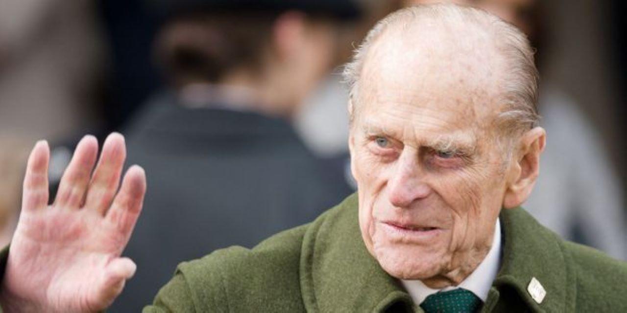 Infidélités, racisme, conflits : Ces choses que vous ignorez sûrement sur le prince Philip