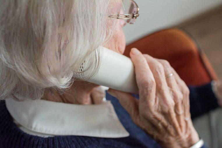 Attention aux arnaques à la vaccination par téléphone