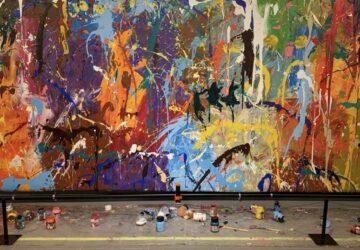 œuvre d'art recouverte de peinture