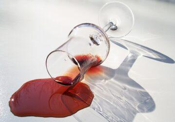 Astuce Comment réussir à enlever une tâche de vin