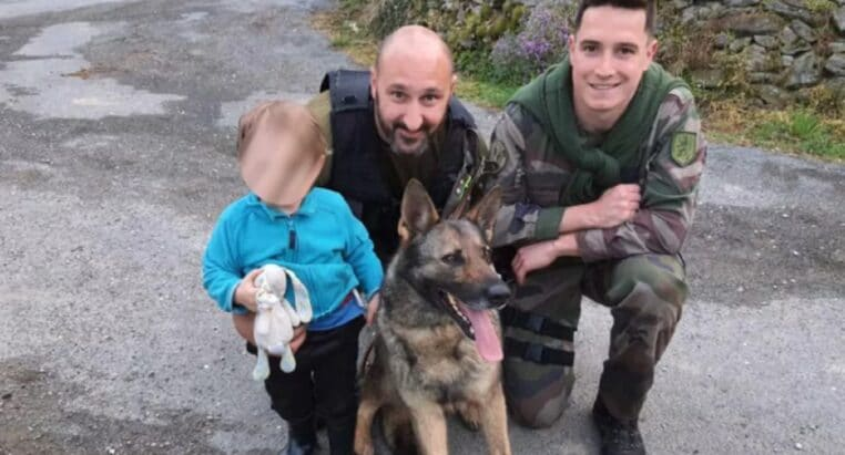 Aveyron : Deux ans, retrouvé dans un bois grâce au chien des gendarmes