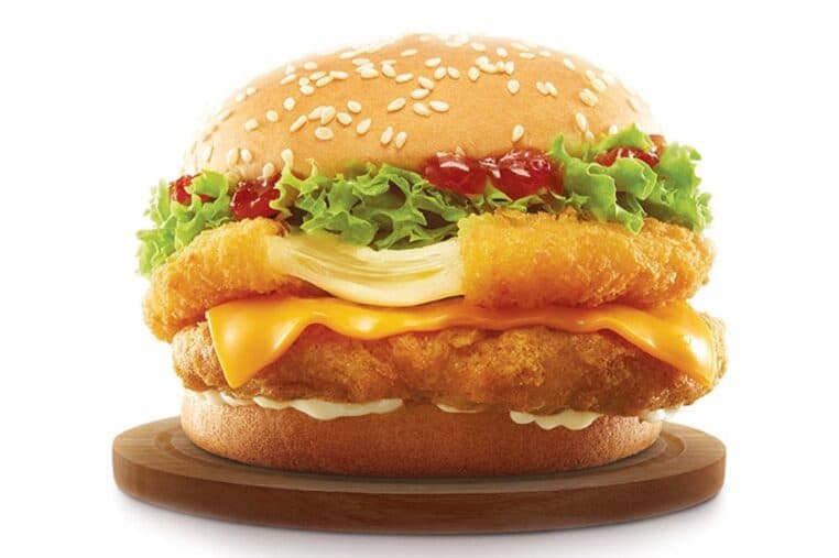 Ce nouveau burger McDo poulet frit-mozzarella panée va vous séduire
