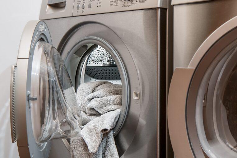 Comment utiliser le vinaigre blanc dans la machine à laver