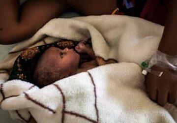 malienne mère accouche neuf bébés