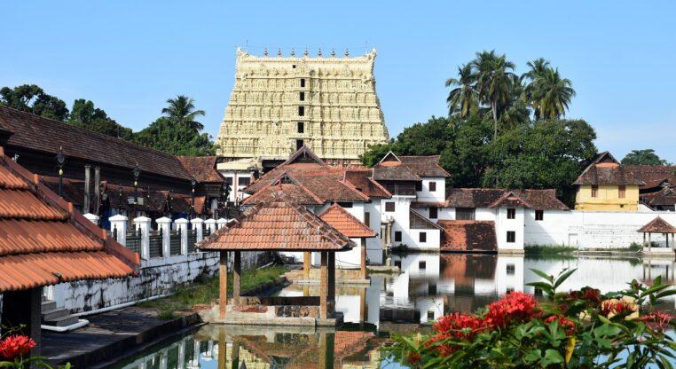 Ce temple en Inde contient une mystérieuse porte dont personne ne connaît le secret