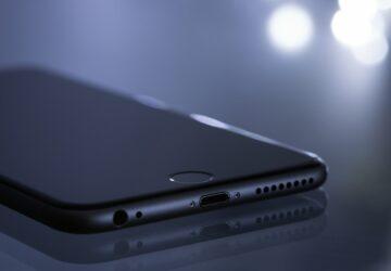 Apple : bientôt un chargeur universel ?