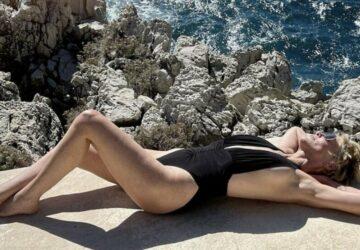 Sharon Stone sexy en maillot de bain