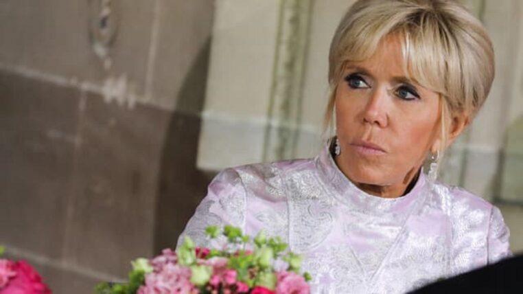Brigitte Macron : sa réaction totalement démesurée face au chien de François Hollande !
