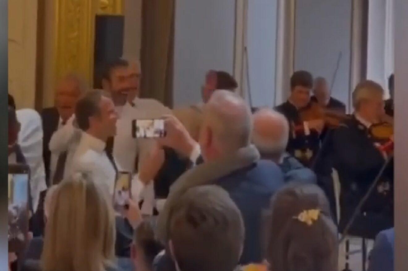 Pendant ce temps là…Emmanuel Macron s'ambiance sur «I Will Survive» après le match de foot caritatif ! (vidéo)