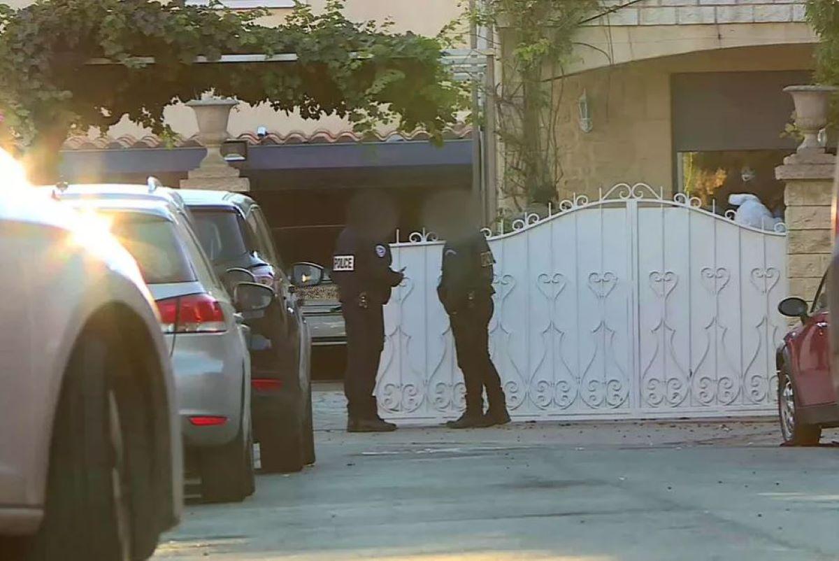 Horreur : Une femme décapitée à son domicile, sa tête retrouvée sur la table