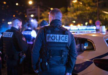 police homme blesse arme tir